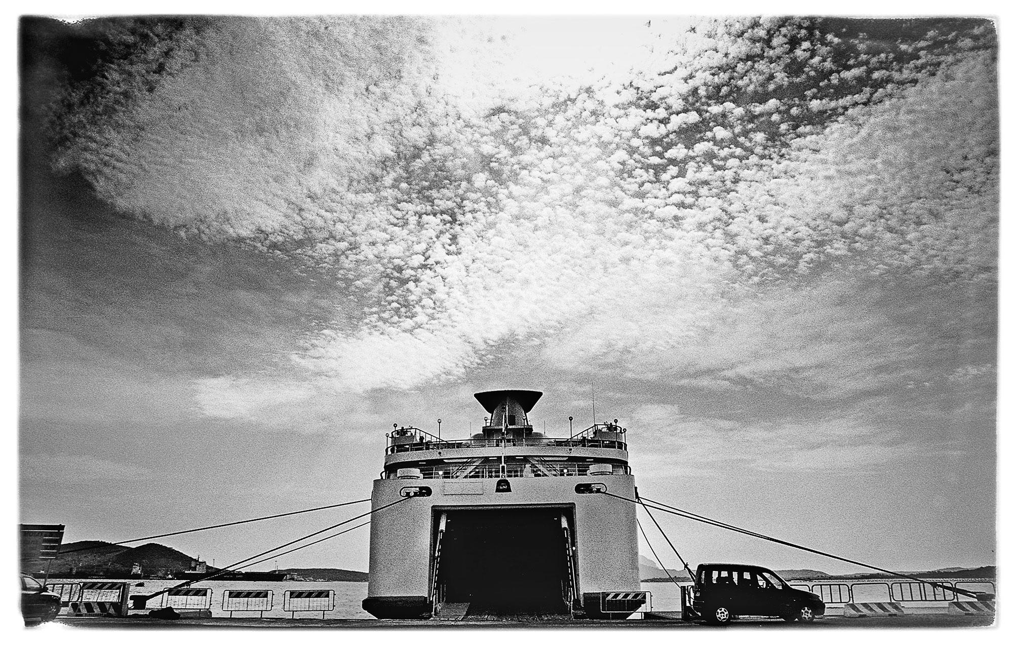 emilanesi-traghetto001